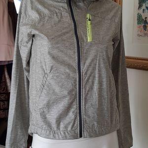 Descente hooded Jacket